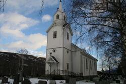 Garmo kyrkje inngangsparti