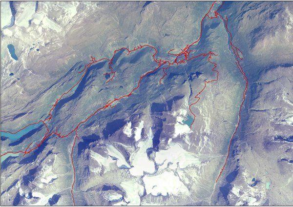 Flyfoto med innteikna vegar i Bøverdalen