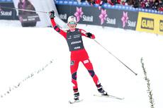 Theres Johaug hadde oppløpet for seg selv etter at 15 km skiathlon var unnagjort i NM på Voss 2012. Foto: Geir Nilsen/Langrenn.com.