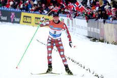 Martin Johnsrud Sundby kunne ta seg god tid på oppløpet, nærmeste forfølgere under 30 km skiathlon i NM på Voss var nesten minuttet etter. Foto: Geir Nilsen/Langrenn.com.