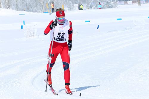 Thea Krokan Murud tok hånd om norgescupen sammenlagt i klassen for kvinnner 18 år. Her er hun på vei mot 14. plass på 5 km klassisk i junior-VM 2012. Foto: Erik Borg.