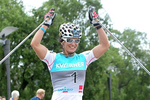 Marit Bjørgen jubler over seier i en tidligere utgave av Oslo Skishow. Foto: Erik Borg.