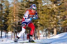 Therese Johaug underveis i norgesmesterskapet på 10 km fristil på Gåsbu 2013. Foto: Rasmus Kongsøre/Langrenn.com.