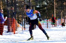 Gullgutten Martin Johnsrud Sundby underveis i norgesmesterskapet på 15 km fristil på Gåsbu 2013. Foto: Rasmus Kongsøre/Langrenn.com.