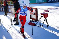 Pål Golberg legger ut fra starten i sprint-prologen under NM på Gåsbu 2013. I mål var hun raskest av alle. Foto: Rasmus Kongsøre/Langrenn.com.