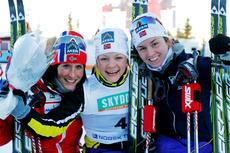 Topp tre i kvinne-sprinten under NM på Gåsbu 2013. Fra venstre Marit Bjørgen (3. plass), Maiken Caspersen Falla (1) og Celine Brun-Lie (2). Foto: Rasmus Kongsøre/Langrenn.com.