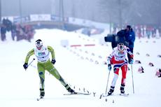 Hard duell om NM-gullet på Gåsbu på 15 kilometer fellesstart med skibytte. Foto: Rasmus Kongsøre/Langrenn.com.