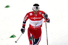 Marit Bjørgen fosser inn til seier og gullmedalje i klassisksprinten under VM i Val di Fiemme 2013. Foto: Felgenhauer/NordicFocus