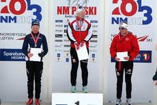Seierspallen i NM-sprinten for kvinner 17 år på Budor 2013. Foto: Erik Borg.