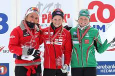 Seierspallen i NM-sprinten for kvinner 19/20 år på Budor 2013. Vinneren Hege Djukastein i midten. Foto: Erik Borg.