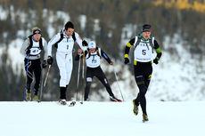 Fritt utstyrsvalg i Monsterbakken Vassfjellet 2013 gjorde at noen valgte å stille uten ski og staver, slik som orienteringsløper Arild Nomeland. På toppen var han nr. 3 i mål. Foto: Aapo Laiho.