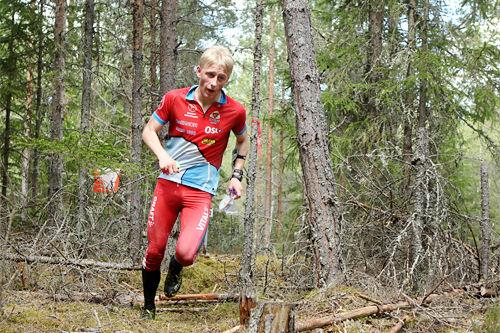 Magne Haga på orienteringsløp. Foto: Erik Borg.