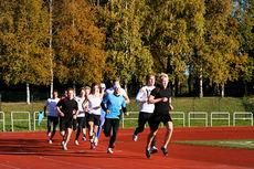 Langrennsløpere på 3000 meter test. Foto: Ola Jordheim Halvorsen.