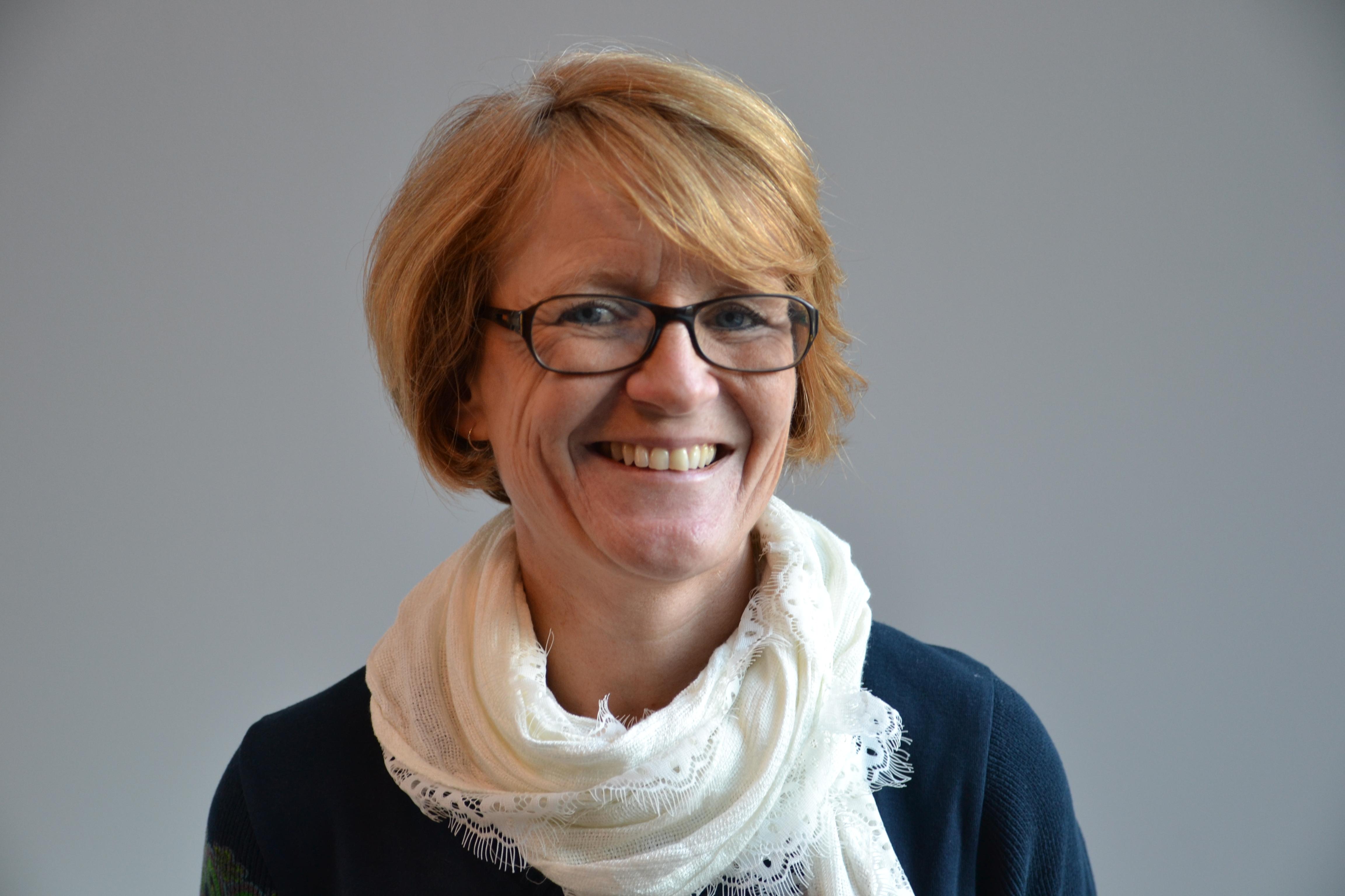 I. Elisabeth Strengen Gundersen portrett I.jpg