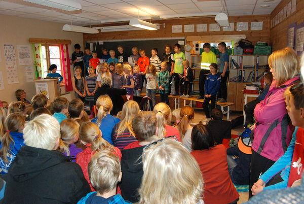 Huskonsert 4.klasse Loar nov. 2013