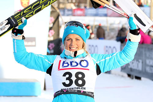 Therese Johaug gjorde som i fjor og gikk helt til topps i sesongens første renn i Beitosprinten 2013. Løypa i 10 km klassisk stil vant hun klart. Foto: Geir Nilsen/Langrenn.com.