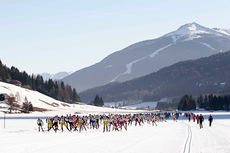 Turrennet Cortina - Dobbiaco går i vakre omgivelser. Foto: Cortina Turismo.