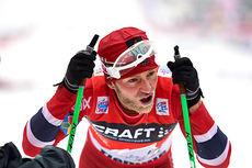 Martin Johnsrud Sundby måtte bryte NM-fellesstarten lørdag. Her etter 2.-plass på sjette etappe av Tour de Ski 2013/2014. Foto: Felgenhauer/NordicFocus.
