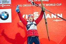 Therese Johaug jubler over seieren på sjette etappe i Tour de Ski 2013/2014. Det var 5 kilometer i klassisk stil som sto på programmet i Val di Fiemme. Foto: Felgenhauer/NordicFocus.