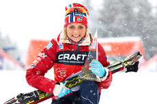 Therese Johaug ble  den første norske sammenlagtvinner i Tour de Ski. Foto: Felgenhauer/NordicFocus.