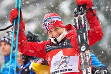 Astrid Uhrenholdt Jacobsen etter at hun endte på 2.-plass sammenlagt i Tour de Ski 2013/2014. Foto: Felgenhauer/NordicFocus.