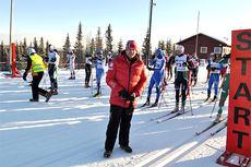 Erik Røste er ofte å se der hvor den levende skiidretten utøves, ute i felten, på grasrota. Her er skipresidenten i forbindelse med Oslo Skifestival 2014. Foto: Kaare Martin Granerud.