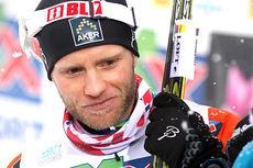Martin Johnsrud Sundby etter at han tok sølv på 15-kilometeren i klassisk stil under NM del 1 i Lillehammer 2014. Foto: Geir Nilsen/Langrenn.com.
