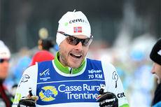 Marcialonga-kongen Jørgen Aukland før start i 2014-rennet hvor han gikk inn til sin 10. pallplassering på turen fra Moena til Cavalse. Foto: Rauschendorfer/NordicFocus.