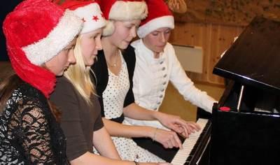 Kulturskolen, fire elever på piano