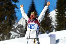 Charlotte Kalla jubler for sølvmedaljen på 10 kilometer klassisk under OL i Sotsji 2014. Foto: NordicFocus.