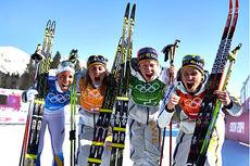 De svenske gulljentene fra OL-stafetten i Sotsji 2014. Fra venstre: Charlotte Kalla, Anna Haag, Emma Wikén og Ida Ingemarsdotter. Foto: NordicFocus.