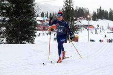 Julie Myhre underveis på 10 kilometer klassisk under junior-NM på Mo i Rana 2014. Hun ble norgesmester for kvinner 18 år. Foto: Erik Borg.