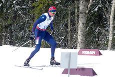 Nils-Erik Ulset på vei til sølv på 15 kilometer under Paralympics i Sotsji 2014. Foto: Anne R. Kroken.