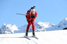 Lars Helge Birkeland gikk Norge inn til seier på mix-stafetten i Obertilliach lørdag. Her er han ute i verdenscupen i skiskyting i desember 2013. Foto: Manzoni/NordicFocus.