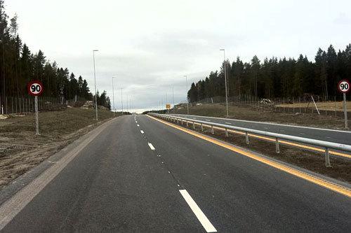 På E18 ved Mysen i Østfold hvor dette bildet er fra ble det arrangert rulleskirenn tidligere i år. Nå er det E16 ved Kongsvinger som står for tur. Foto: Privat.