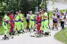 Løpere fra skiskytterlandslagene i Holmenkollen. Foto: Geir Nilsen/Langrenn.com.
