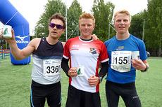 Herrenes seierspall i Nordmarka Skogsmaraton 2014. Fra venstre: Klaus Øiseth (3. plass), Joar Thele (1) og Anders Mølmen Høst (2). Foto: Arne Martin Torgersen.