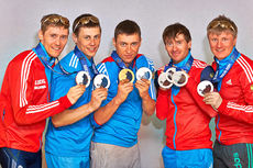 Det ble en solid medaljefangst for russiske herreløpere under OL på hjemmebane i Sotsji 2014. Fra venstre: Nikita Kriukov, Alexander Bessmertnykh, Alexander Legkov, Maxim Vylegzhanin og Dmitriy Japarov. Foto: NordicFocus.