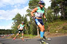 Petter Northug gikk til topps i Orkdal og Knyken skisenter på skiatlon-øvelsen under Toppidrettsveka 2014. Her er det John Kristian Dahl som ligger like bak. Foto: Geir Nilsen/Langrenn.com.