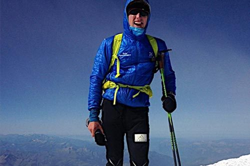 Nils Nielsen på toppen av Mont Blanc. Foto: Privat.