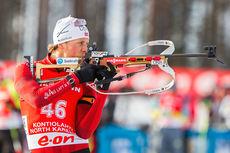 Lars Helge Birkeland på standplass under verdenscupen i Kontiolahti 2014. Foto: Laiho/NordicFocus.