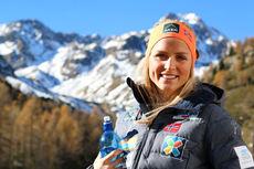 Therese Johaug på samling med skilandslaget i Val Senales høsten 2014. Foto: Birk Eirik Fjeld.