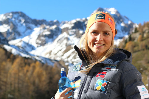 Therese Johaug på samling med skilandslaget en tidligere høst. Foto: Birk Eirik Fjeld.
