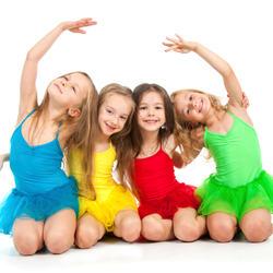 Illustrasjonsfoto barn, dans og kultur