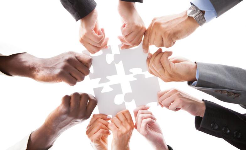 Illustrasjonsfoto samarbeid ulike fagpersoner