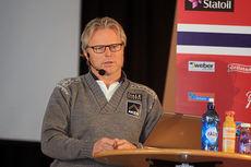 Åge Skinstad i forbindelse med pressekonferansen til skilandslaget foran den nasjonale sesongåpningen på Beitostølen 2014. Foto: Erik Borg.