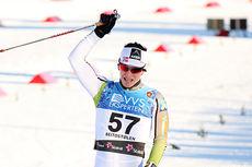 Marit Bjørgen jubler etter å ha vunnet 10 km fristil i Beitosprinten 2014. Foto: Geir Nilsen/Langrenn.com.