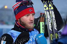 Martin Johnsrud Sundby etter sin seier på 15 km fri under sesongåpningen på Beitostølen 2014. Foto: Geir Nilsen/Langrenn.com.