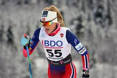 Martine Ek Hagen ute på 10 km klassisk under Beitosprinten 2014, der hun ble nummer fem. Foto: Geir Nilsen/Langrenn.com.