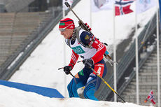 Alexander Loginov under verdenscupen i skiskyting i Holmenkollen vinteren 2014. Foto: Manzoni/NordicFocus.